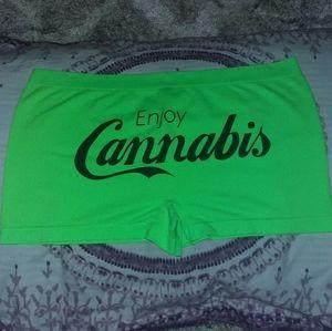 "NWOT ""Enjoy Cannabis"" Boyshort Underwear Panties"